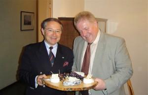 Mit Direktor Casadebaig 2005 in Graz